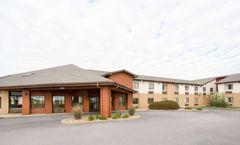 AmericInn Hotel & Suites Mount Pleasant