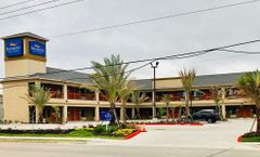 Baymont by Wyndham Houston Hobby Airport