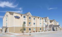 Microtel Inn & Suites by Wyndham Limon