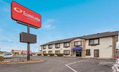 Econo Lodge Inn & Suites, Williams