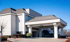 Days Inn by Wyndham Fort Worth North