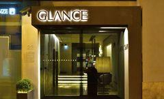 Glance Hotel