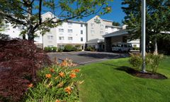 Country Inn & Suites Portland