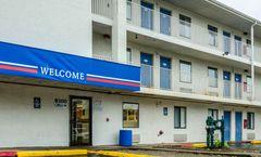 Motel 6 Detroit East