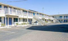 Motel 6 Fort Bragg