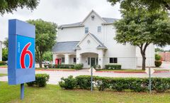 Motel 6 Grand Prairie
