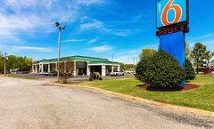 Motel 6 Covington, TN