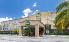 Wingate by Wyndham Convention Ctr