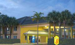 Super 8 Dania/Fort Lauderdale Arpt