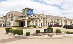 Baymont Inn & Suites Oklahoma City Arpt