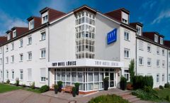 Tryp by Wyndham Aquamarin Luebeck