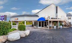 Knights Inn Mackinaw City