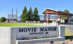 Best Western Movie Manor