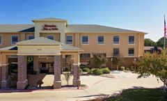 Hampton Inn & Suites Denton