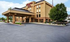 Hampton Inn Louisville Arpt