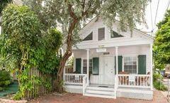 Wicker Guesthouse, a Key West Hosp Inn