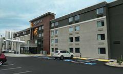 La Quinta Inn & Suites Portland