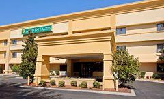 La Quinta Inn & Suites Nashville Airport