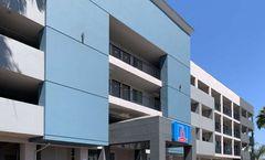 Studio 6 Commerce - Los Angeles