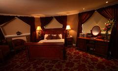 The Sir Thomas Hotel
