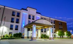 Holiday Inn Express Fargo