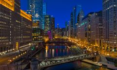 Holiday Inn Chicago-Mart Plaza