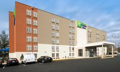 Holiday Inn Express & Sts College Park