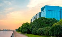 Azure Qiantang a Luxury Collection Hotel