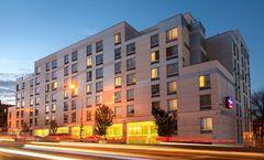 SpringHill Suites New York LaGuardia Apt