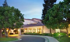 Courtyard by Marriott Bakersfield