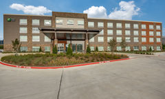 Holiday Inn Express/Suites Dallas North