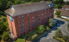 Holiday Inn Express-Castle Bromwich