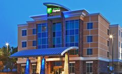 Holiday Inn Express/Suites North Dallas