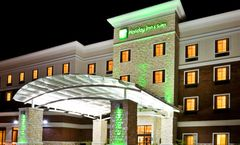 Holiday Inn & Suites McKinney-Fairview