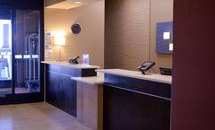 Holiday Inn Express & Suites Castle Rock