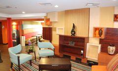 Holiday Inn Express West I40