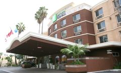 Holiday Inn Express & Suites San Diego S