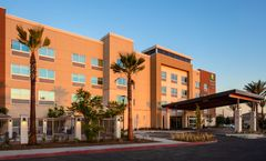 Holiday Inn Express/Suites Moreno Valley
