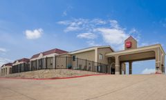 Red Roof Inn & Suites Austin East-Manor