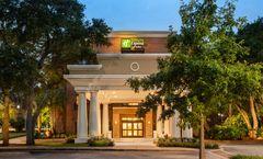 Holiday Inn Express & Stes Mt Pleasant