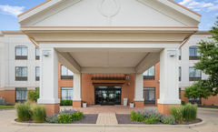Holiday Inn Express West Bloomington