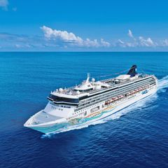 14 Night Oceania & South Pacific Cruise from Benoa, Indonesia
