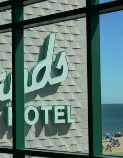 Atlantic Sands Hotel
