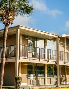 HomeSuiteHome Extended Stay Suites
