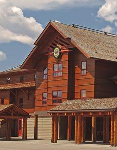 Old Faithful Snow Lodge & Cabins