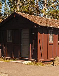 Old Faithful Lodge Cabins