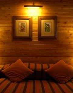 Serena Mountain Lodge