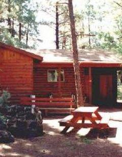 Moonridge Lodge & Cabins