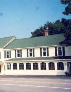 Town Hill Hotel B & B