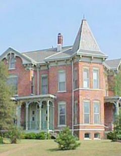 Summers Riverview Mansion B&B